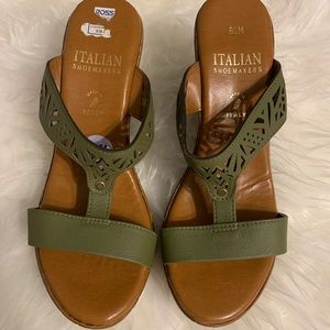 Italian Shoemakers wedge sandals 8.5 olive green
